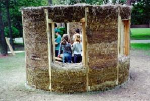 straw-clay building